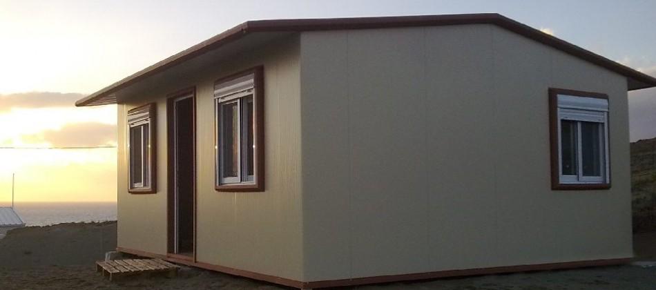 Μεταλλικά σπίτια με πάνελ